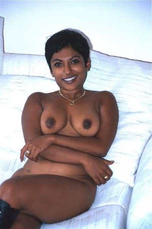 Hot brown Indian sex lovely is showing off herself - XXXonXXX - Pic 9