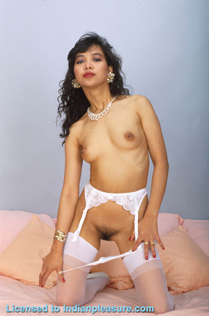 Fall in love with this Indian pussy for long years to come - XXXonXXX - Pic 13