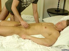Well hung lucky stug gets his cock blowed - XXX Dessert - Picture 11