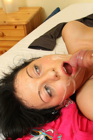 He shoots on her face after he aggressiv - XXX Dessert - Picture 15