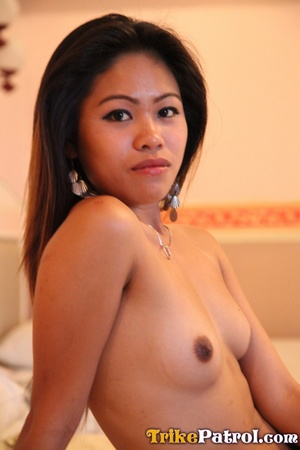 Showing off her Gert Stonkers in front of Asian porn camera! - XXXonXXX - Pic 6