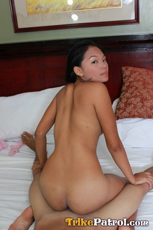 Whose tanned Asian girls body is moving smoothly in my parrot? - XXXonXXX - Pic 17