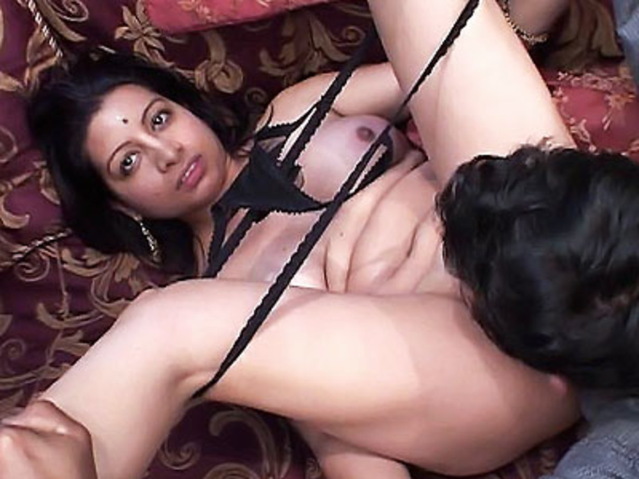 Arab homemade hot huge hungry woman 3