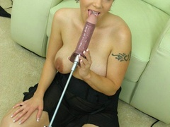 Short haired beauty taking of her black - XXX Dessert - Picture 6