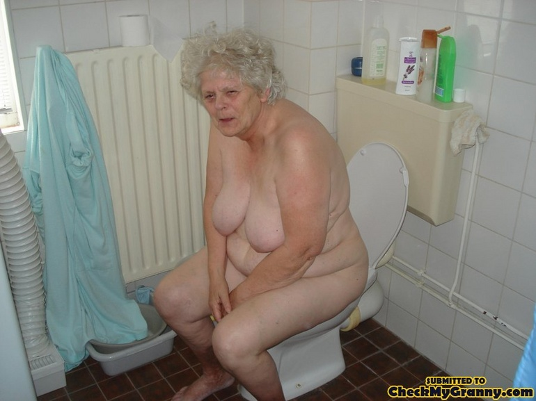 Fat nude grannys