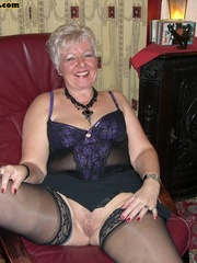 Sex starving granny in fishnet stockings - XXX Dessert - Picture 9
