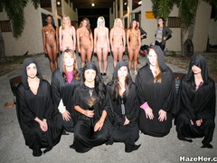 Violent senior student girls make the naked - XXX Dessert - Picture 7