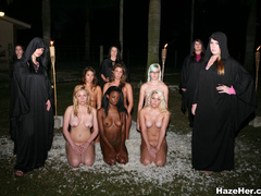 Violent senior student girls make the naked - XXX Dessert - Picture 8