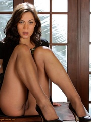 Brunette secretary in pantyhose tears it - XXX Dessert - Picture 6