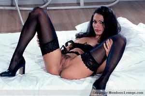 Perfect body indian beauty in black exclusive lingerie spreading wide on a cam so you can see her sweet twat. - XXXonXXX - Pic 6