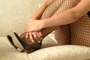 Xxx erotic pics of brunette indian cutie in fishnet nylons teasingly posing on a cam. - XXXonXXX - Pic 9