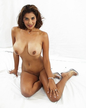 Indian brunette milf sedcutively revealing her shaved pussy of white panties and showing her big melons. - XXXonXXX - Pic 3
