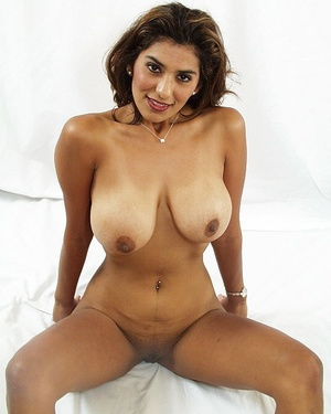 Indian brunette milf sedcutively revealing her shaved pussy of white panties and showing her big melons. - XXXonXXX - Pic 8