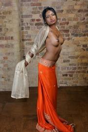 gorgeus indian teen