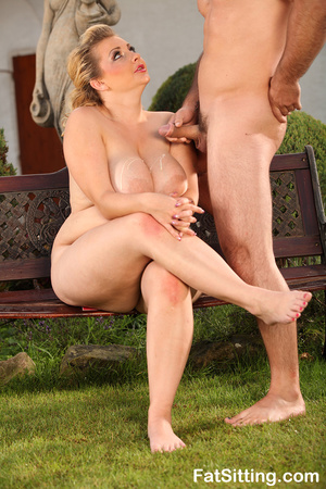 Blonde fatty Kristy turns on when gettin - XXX Dessert - Picture 16