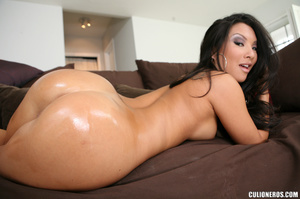 Hot Asian mom gets her booty screwed wit - XXX Dessert - Picture 7