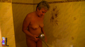 Elderly one hundred and twenty in the shade mature porn housewife is hugging her sexual gf - XXXonXXX - Pic 12