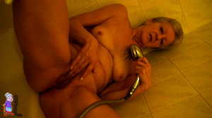 Elderly one hundred and twenty in the shade mature porn housewife is hugging her sexual gf - XXXonXXX - Pic 15
