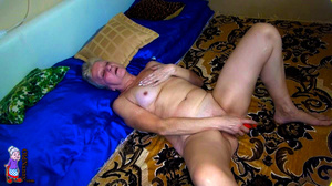 Honey, where did you get such prodigious mature pussy dildo??? - XXXonXXX - Pic 3