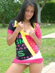 Nice latina chick in pink dress gets naked and - XXXonXXX - Pic 3