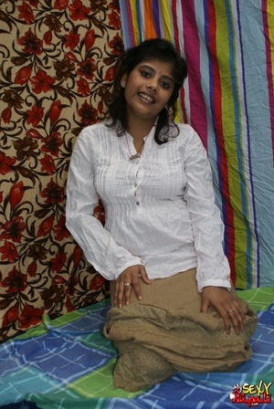 Chubby Indian chick gets absolutely naked to show off her delights - XXXonXXX - Pic 2