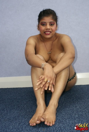 Nasty Indian chick with chubby tummy gets naked and spreads her legs to show her cunt - XXXonXXX - Pic 12