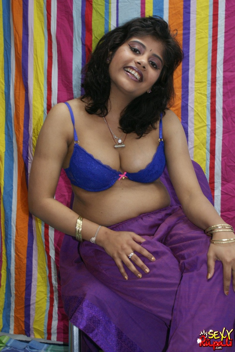 22 purple saree bhabhi sucking cock like pro 4