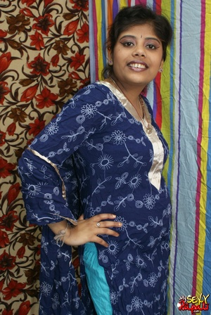 Indian chick in blue national costume and funny lingerie gets nude and poses on cam - XXXonXXX - Pic 2