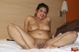 Fat Indian chick in brown cover gets nude and exposes her booty - XXXonXXX - Pic 10