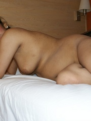 Fat Indian chick in brown cover gets nude and - XXXonXXX - Pic 13