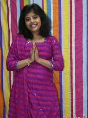 Naughty Indian chick in purple sari gets naked to - XXXonXXX - Pic 1