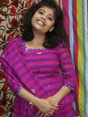 Naughty Indian chick in purple sari gets naked to - XXXonXXX - Pic 3