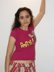 Cool Indian teen in pink T-shirt is ready to get - XXXonXXX - Pic 2