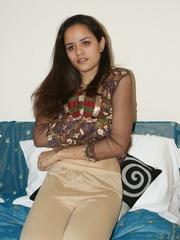 Nasty Indian teen girl undresses her purple - XXXonXXX - Pic 4