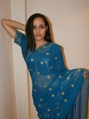 Naughty Indian teen Jasmine in blue sari gets - XXXonXXX - Pic 2