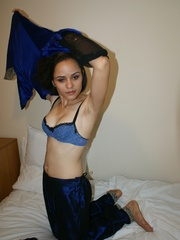 Hot Indian girl in nice blue national costume - XXXonXXX - Pic 5