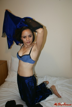 Hot Indian girl in nice blue national costume stripping to expose her lovely body on cam - XXXonXXX - Pic 5