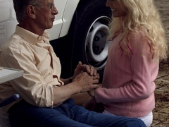 Very hot blonde tee Helen pleasing old boy - XXX Dessert - Picture 5