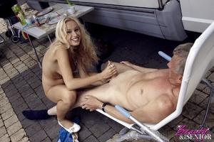 Very hot blonde tee Helen pleasing old b - XXX Dessert - Picture 11
