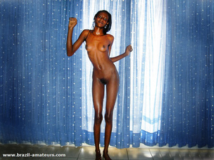 Ebony naked chick with shaggy muff and underarms demonstrates her slim wet body on cam - XXXonXXX - Pic 2