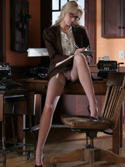 Blonde secretary in glasses - Sexy Women in Lingerie - Picture 2