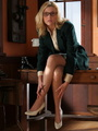 Lovely blonde secretary in glasses, - Picture 1