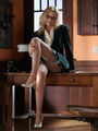 Lovely blonde secretary in glasses, - Picture 2