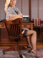 Gorgeous blonde secretary knows - Sexy Women in Lingerie - Picture 8
