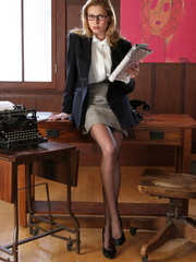 Sexy blonde secretary in glasses - Sexy Women in Lingerie - Picture 1