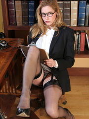 Sexy blonde secretary in glasses - Sexy Women in Lingerie - Picture 6