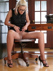 Blonde babe secretary in glasses - Sexy Women in Lingerie - Picture 8