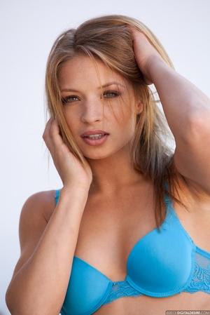 Very hot blonde bbe in blue bikini gets  - Picture 2