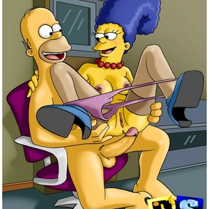 Naughty toon wife Marge Simpson loves Homer rockhard dick.