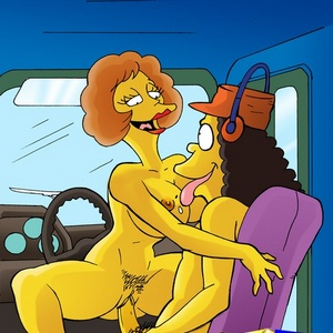 Lusty big boobed toon housewife Marge Simpson rides her shy neighbor N..
